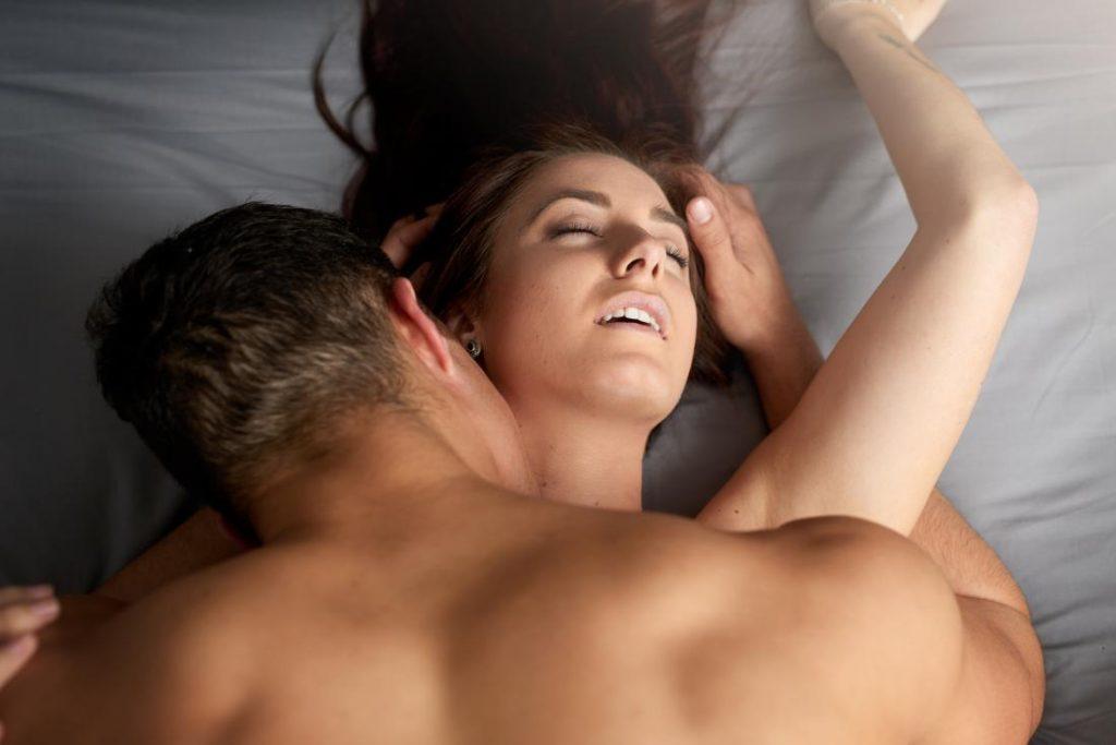 การสื่อสารผ่านเซ็กส์